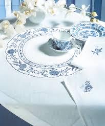 Вышивка крестом наборов столового белья