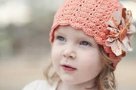 Вяжем весеннюю шапочку с бисерным узором